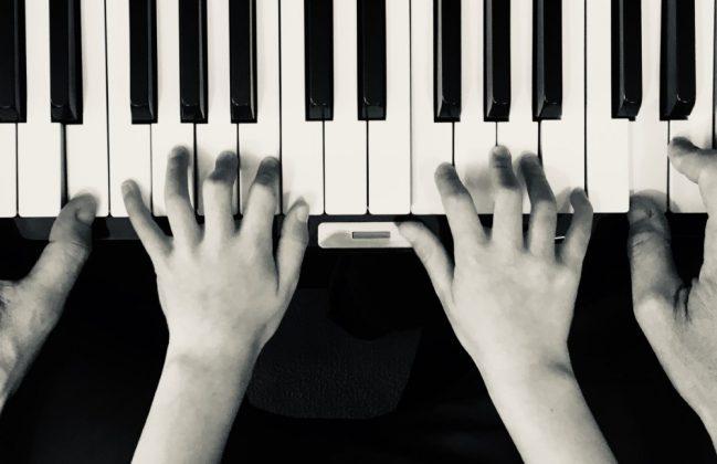 «Juega la música como la primera y la última vez»